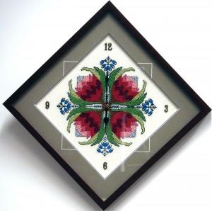 Clock-Tappestry-with-Custom-Framing-