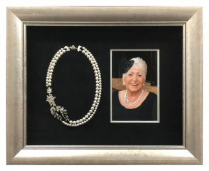 Box-Framed-Necklace-and-Photo